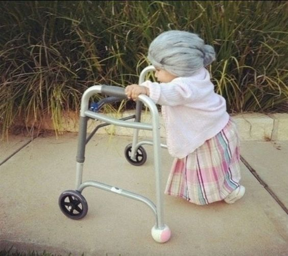 Ideas para tu disfraz de halloween, disfraz de halloween para tu bebé, disfraz de halloween para niños, disfraces de halloween para bebés, disfraz de señora mayor, disfraz de viejita para halloween, disfraz de señora mayor para Halloween.
