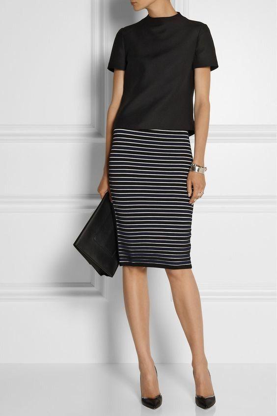 look para entrevista de trabajo , look con falda en tubo, falda de rayas, falda midi, look negro.