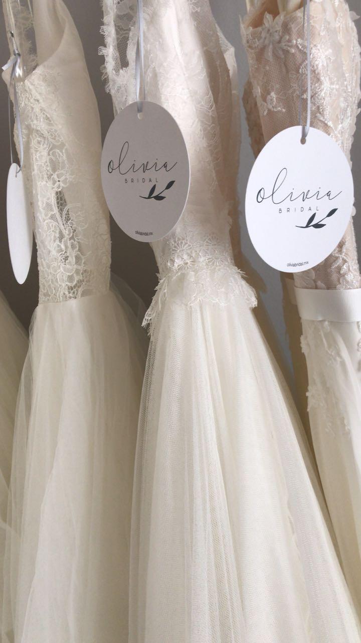 Olivia Bridal, una nueva de boutique de vestidos de novia de todas las formas, con encaje, vestido de novia de princesa, vestidos de novia en forma de sirena.