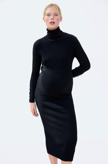 Línea de maternidad, outfits de maternidad, ropa para embarazada, ideas para outfits de embarazada, ropa para embarazadas, outfits de maternidad.