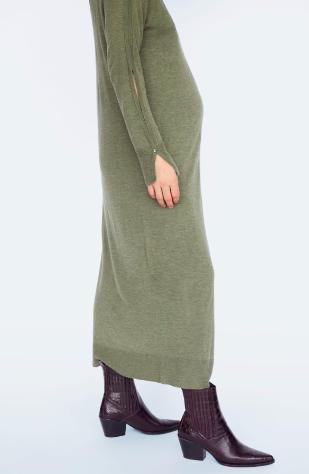vestido verde de embarazo, vestido tejido de maternidad, Zara outfits, outfits para embarazada, vestimenta para embarazada, ropa para maternidad, ropa para embarazada.