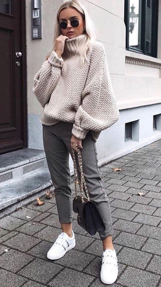 look de otoño, look entretiempo, look casual, look para el frío, ootd, fall looks, ropa de otoño, outfit otoño, ropa otoño, casual look, pantalón midi, suéter de tortuga, outfit con tenis.
