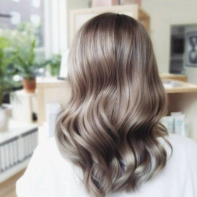 Brown hair ideas, ideas de belleza, ideas para pintarte el pelo, cómo pintarte el pelo, mushroom brown hair, mushroom blonde hair, tintes de moda, beauty trends, tendencias de belleza, hair style, hair style ideas.