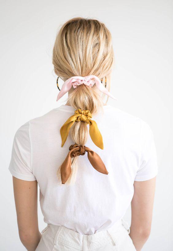 Lazos en el pelo, lazos en tu peinado, moños en tu peinado, Listón en el pelo, ribbon trend, lazos en el pelo, hairstyle trend, beuty trend, tendencias de belleza, ideas para usar listones en el pelo, ideas para usar listón en el pelo, peinados, ideas de peinados, ideas de peinados casuales.