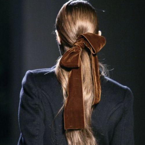 Moños, peinado con moño, moños en los peinado, ideas de peinados diferentes, ribbon trend, tendencia peinado, peinados en tendencia, accesorios, accesorios para el pelo, accesorios diferentes para el pelo.