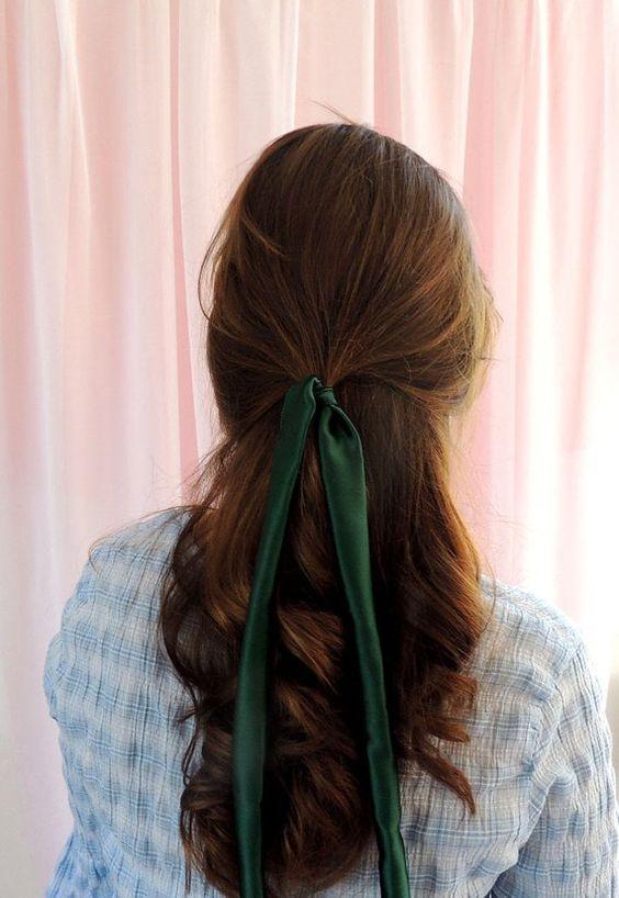 Ribbon trend, tendencia de listón, tendencia de listones en el pelo, lazos en el pelo, ideas de lazos en el pelo, cómo usar lazos en el pelo.